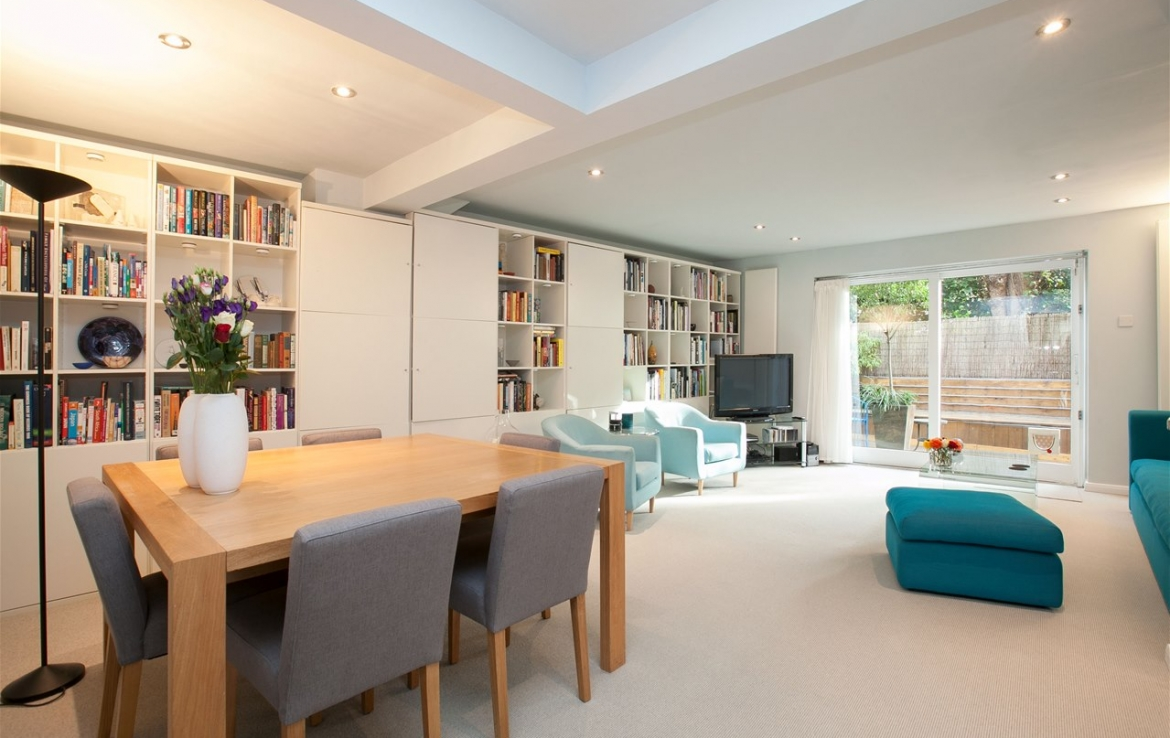 Townhouse To Let 98 Belsize Ln London Nw3 5bb